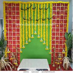 Birthday Decorations At Home, Housewarming Decorations, Wedding Hall Decorations, Backdrop Decorations, Door Flower Decoration, Background Decoration, Flower Decorations, Reception Stage Decor, Wedding Stage Backdrop