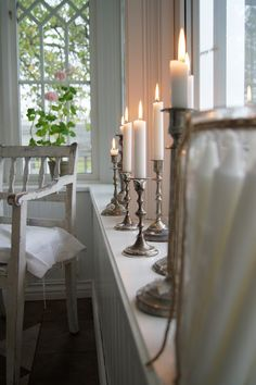 ♥ Gorgeous window candles on candles holders! Window Candles, Candles In Fireplace, Bath Candles, White Candles, Candle Lanterns, Bougie Partylite, Romantic Candles, Silver Candlesticks, White Cottage