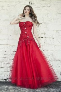 Strapless Sweep Train Red Tulle A Line Prom Dress