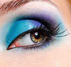 blue smoky eye - amazing!