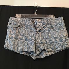 Patterned denim shorts Light denim with cuffed leg. Great condition! Forever 21 Shorts Jean Shorts