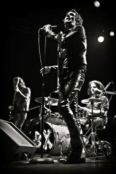 Jon Spencer Blues Explosion Planning New Album, Tour, Releasing Beastie Boys/Link Wray Cover