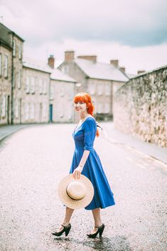 A Clothes Horse Outfit: Town, Village, Hamlet, the British English Distinction