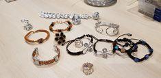 Charmed, Bracelets, Jewelry, Fashion, Hands, Jewerly, Moda, Jewlery, Fashion Styles