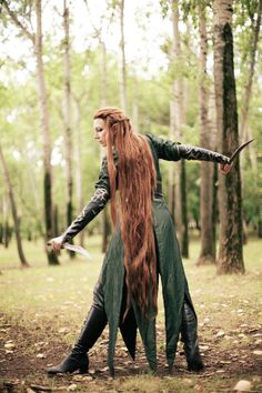 The Hobbit: The Desolation of Smaug - Tauriel. - This is one of the best Tauriel cosplays I have seen! Amazing Cosplay, Best Cosplay, Larp, Cool Costumes, Cosplay Costumes, Hobbit Cosplay, Elven Cosplay, Helloween Party, O Hobbit
