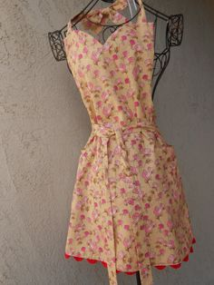 Party girls apron with sweetheart neckline and bow by judarose