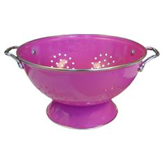 Bring a touch of classic style to your dinner prep with this eye-catching colander, showcasing a stainless steel rim and magenta hue.  ...
