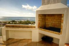 Archiv alb Outdoor Fireplace, House Plans, Room Corner, Home Diy, Built In Braai, Home, Beautiful Outdoor Spaces, Diy Outdoor, House