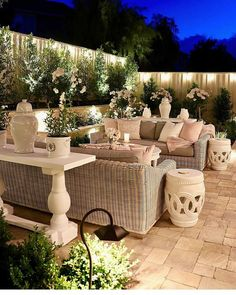 45 Backyard Patio Ideas That Will Amaze & Inspire You - Pictures of Patios Brilliant backyard ideas diy patio diy patio ideas Diy Patio, Backyard Patio, Backyard Landscaping, Landscaping Ideas, Fenced In Backyard Ideas, Back Yard Patio Ideas, Paving Ideas, Luxury Landscaping, Landscaping Company