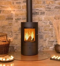 £1,265.00 Westfire Uniq 21 DEFRA Approved Wood Burning Stove