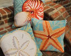 "Starfish with Seaweed Hook Pillow 18x18"" : BeachHouseLinens.com -"