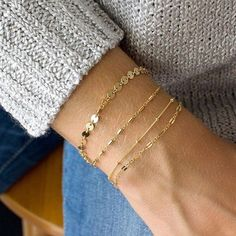 Loving these dainty gold chain bracelets 👌🏼 Dainty Gold Jewelry, Dainty Bracelets, Chain Bracelets, Gold Jewellery, Jewelry Bracelets, Bangles, Gold Armband, Gold Chains, 18k Gold