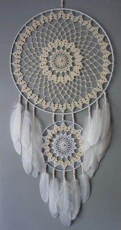 Crochet Dreamcatcher Pattern, Crochet Mandala, Crochet Art, Macrame Patterns, Crochet Motif, Crochet Designs, Crochet Patterns, Doily Dream Catchers, Dream Catcher Decor