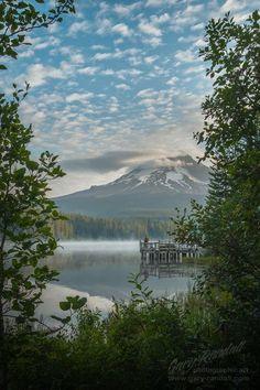 Trillium Lake & Mount Hood, Oregon.