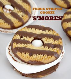 What a freaking fantastic idea for camping. Don't buy chocolate bars and graham crackers for smores. Just buy chocolate covered graham crackers or fudge stripe cookies. WHERE has this been all my life! Campfire Desserts, Campfire Food, Köstliche Desserts, Delicious Desserts, Dessert Recipes, Yummy Food, Healthy Food, Bonfire Food, Desserts For Picnics