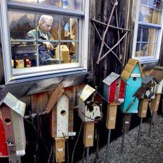 I would love to do this kind of thing with treasures I find in the woods! I love birds and junk, so it's a perfect match.