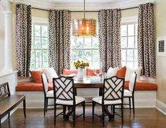 dining room decorating with bay window seat