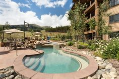 Winter or summer, these are the views you want to take in. #Breckenridge #GrandLodgeonPeak7