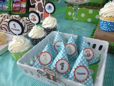 Safari 1st Birthday Party - Thomas | CatchMyParty.com