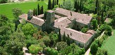 Món (St) Sant Benet, région de Bages | Monastère et hôtel magique en Catalogne