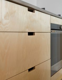 This modern kitchen utilises hard-wearing materials in the most stylish way Baldwin Family, Kitchen Trends, Kitchen Ideas, New Zealand Houses, Polished Concrete, New Builds, Magazine Design, Joinery, Wall Colors
