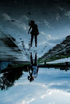 upside down (levitation) .. photo courtesy of 絵利花後藤
