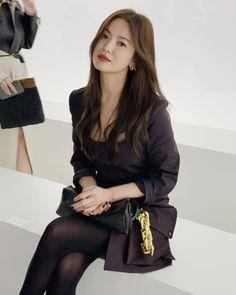 Korean Actresses, Korean Actors, Asian Actors, Song Hye Kyo Style, Chic Black Outfits, Sun Song, My Moon And Stars, Girl Dress Patterns, Ciara Wilson