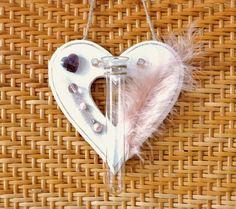 Shabby Chic Dekoration Herz pastell weiß rosa mit Vase von LonasART