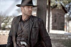 Fear the Walking Dead Garret Dillahunt as John Dorie Walking Dead Tv Series, Fear The Walking Dead, Number Two, Daryl Dixon, Tv Commercials, Movies Showing, Favorite Tv Shows, Movie Tv, Handsome