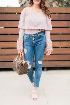 Click here to see THE PERFECT PINK off the shoulder blouse on Maxie Elise Blog! Best light pink off shoulder top outfit fall. Stylish pink off shoulder top outfit casual and pink off the shoulder sweater outfit. Super cute pink off the shoulder top long sleeve. Really nice pink blouse outfit jeans simple. This is the ultimate hot pink off shoulder top outfit you will absolutely want in your close this season. You will love this pink blouse and jeans outfit casual. #top #blouse #pink