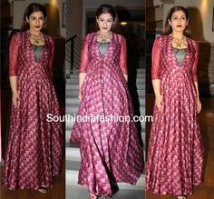 Raveena Tandon in Label Anushree – South India Fashion Kurti Neck Designs, Saree Blouse Designs, Dress Indian Style, Indian Outfits, Long Skirt With Shirt, Indian Gowns, Indian Wear, Heavy Dresses, Recycled Dress