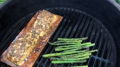 Halibut steaks are 'planked,' barbequed on a water-soaked cedar plank, and basted with a succulent herb and butter sauce. Traeger Recipes, Grilling Recipes, Fish Recipes, Seafood Recipes, Great Recipes, Cooking Recipes, Drink Recipes, Favorite Recipes, Grilled Halibut Recipes