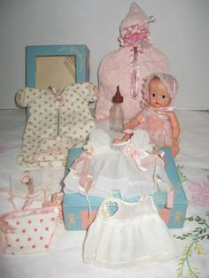 Vogue Ginnette Blue Eye Doll and Layette Antique Dolls, Vintage Dolls, Second Hand Stores, American Dolls, Vinyl Dolls, Doll Dresses, Hello Dolly, Pink Polka Dots, Rose Buds