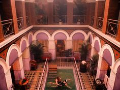 Think pink! Production designer Adam Stockhausen takes us on an exclusive behind-the-scenes tour of Wes Anderson's Grand Budapest Hotel Grand Budapest Hotel, Hotel Pool, Hotel S, Hotel Lobby, Wes Anderson, Grande Hotel, Film Aesthetic, Cozy Aesthetic, Budapest