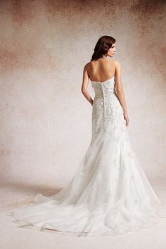 T152067 / Wedding Dresses / Jasmine Couture Collection / Available Colours : Ivory, White (back)