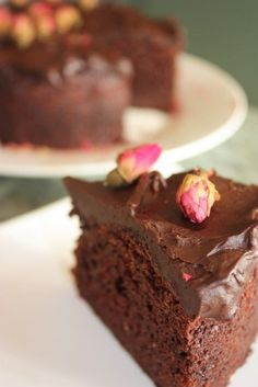 chocolate yoghurt cake, very quick and easy xx Banana Yoghurt Cake, Chocolate Yogurt Cake, Chocolate Recipes, Flourless Chocolate, Quick Easy Desserts, Easy Cake Recipes, Sweet Recipes, Baking Recipes, Brownies