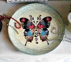 Butterfly Decorative Plates, Butterfly, Home Decor, Bow Ties, Interior Design, Home Interior Design, Butterflies, Home Decoration, Decoration Home