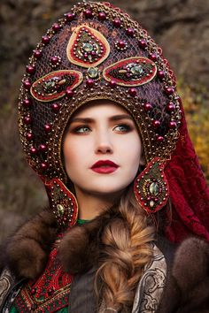 Find images and videos about girl and photography on We Heart It - the app to get lost in what you love. Cultures Du Monde, World Cultures, Russian Beauty, Russian Fashion, Culture Russe, Dress Dior, Style Russe, 3d Foto, Beautiful People