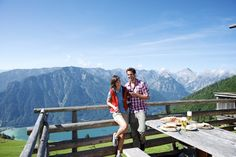 NEUES AUS UNSEREM LEADING SPA BLOG:  Herrlich Wandern am Achensee! 🏔 🚡 Genießen Sie die Tiroler Alpen - denn Wanderurlaub im Verwöhnhotel Kristall ist Wellness in der Natur! 👍  #leadingsparesorts #leadingspa #leadingspablog #blog #blogger #wandern #aktiv #urlaub #wanderurlaub #sporturlaub #tirol #alpen #wellnesshotel #luxury #hotels #hiking