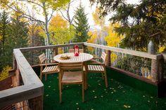 Ideas para el balcón. Piso céped sintético