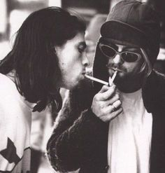 Kurt Cobain and Dave Grohl nirvana Music Love, Music Is Life, Kinds Of Music, My Music, Eddie Vedder, Dave Grohl, Foo Fighters, Pearl Jam, Seattle