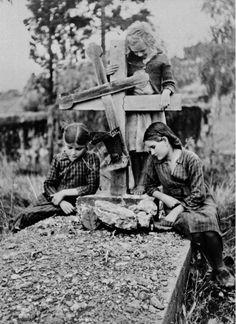 Nazis in Crete - Archive of Konstantinos Koutoulakis Greece Photography, Crete, Historical Photos, World War, The Past, Faith, Adventure, History, Couple Photos