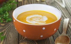 Nevíte, co připravit z dýně? Vyzkoušejte výbornou dýňovou polévku ochucenou smetanou a česnekem. Chutná opravdu dobře, tak si ji udělejte. Fondue, Tacos, Cheese, Ethnic Recipes