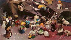 Large Flat Rate Box Full Of Vintage Mcdonalds Toys Cute Crochet, Crochet Crafts, Crochet Projects, Craft Projects, Christmas Nativity, Christmas Crafts, Craft Patterns, Mcdonalds Toys, New Age