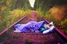 .sleep tracks. by *SmokyPixel  http://smokypixel.deviantart.com/gallery/#