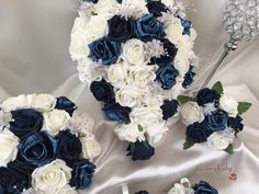 This new package adds shimmer and sparkle to a classic GroovyRuby design. They are made up of ivory & glitter encrusted navyroses, enhanced by groups of de
