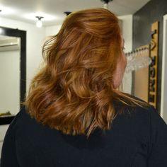 Cada dia curtindo mais o trabalho do meu amigo querido e hair stylist Marco Sanches do M3 Hair! Ele cuida dos meus cabelos desde 2009 e não consigo entregar meus cabelos para mais ninguém. Amei a cor e o corte. De long bob novamente.