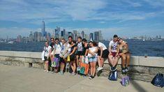 """Ia parte la tabara de vara desfasurata la Universitatea Fordham si intra timp de doua saptamani in rolul unui student new york-ez!! Exerseaza engleza alaturi de elevi internationali si descopera alaturi de ei """"orasul care nu doarme niciodata"""".  Programul include 10 vizite la cele mai importante atractii turistice din New York: Times Square, Brooklyn Bridge, Central Park, Top of the Rock, faimosul bulevard 5th Avenue, Statuia Libertatii, Ground Zero, Wall Street si multe altele. Fordham University, New York, Wall Street, Central Park, The Rock, Times Square, Dolores Park, America, Travel"""