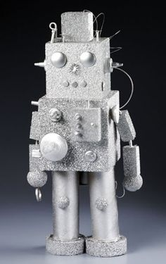 robot craft diy - do with older kids or make and put in boys room / nursery as a knock knack :)