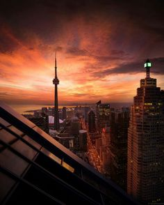 ITAP of the craziest sunset in Toronto Canada Toronto Photography, Urban Photography, Street Photography, Toronto Ontario Canada, Toronto City, Toronto Skyline, Beautiful World, Beautiful Places, Vancouver